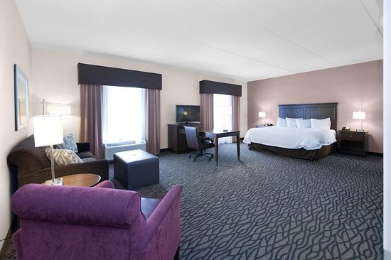 Butler, PA: King Suite