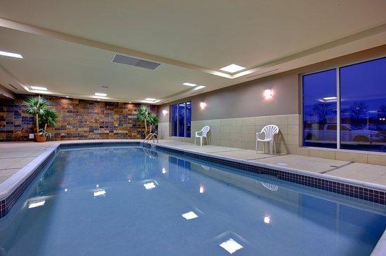 ชัตทัม, แคนาดา: Swimming Pool