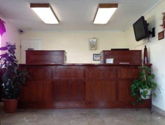 Buffalo, WY: Front Desk