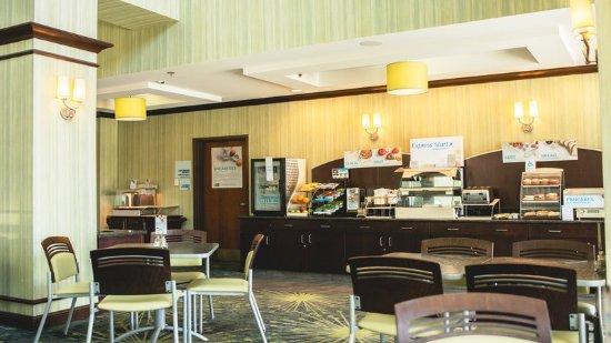 Morton, IL: Breakfast Bar