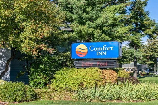 Comfort Inn Traverse City: Exterior