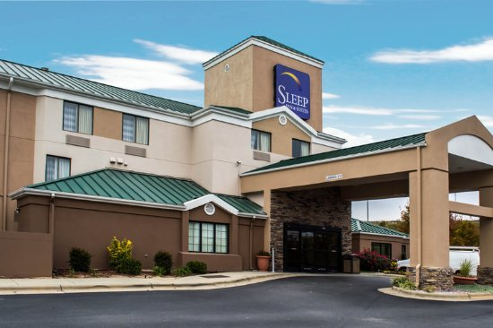 Sleep Inn Roanoke Rapids: Exterior