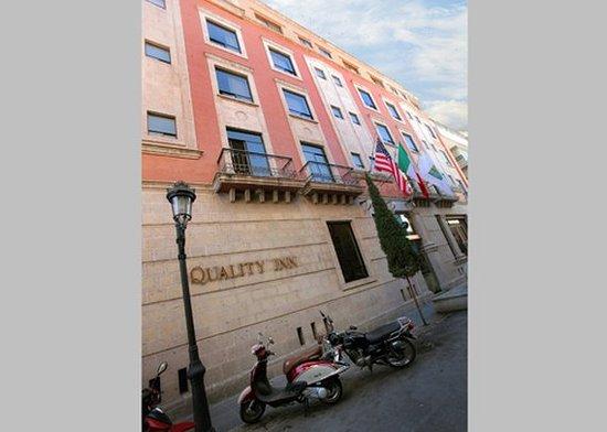 Quality Inn Aguascalientas: Facade