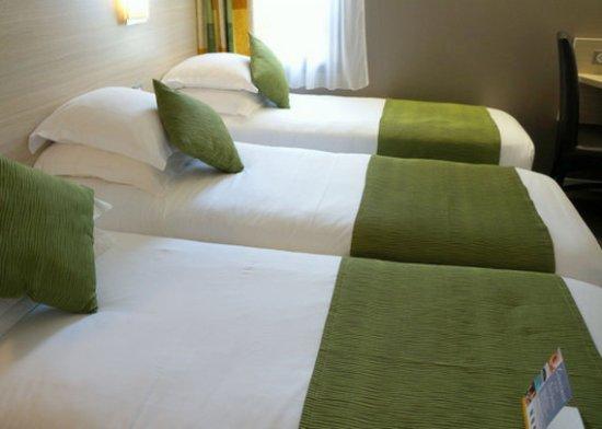 Comfort Hotel Chelles Marne-La-Vallee : Single Beds