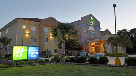 Zachary, LA: Hotel Exterior