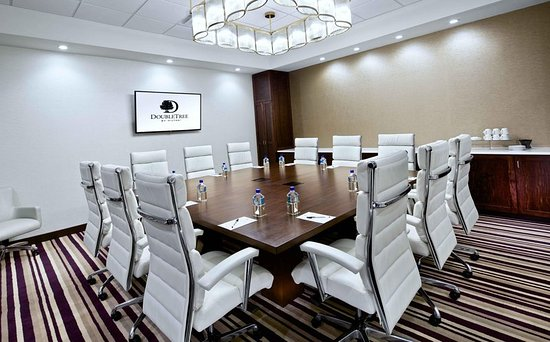 Brooklyn Center, MN: Boardroom