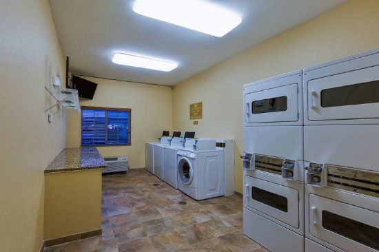 Decatur, TX: Free Laundry Facility