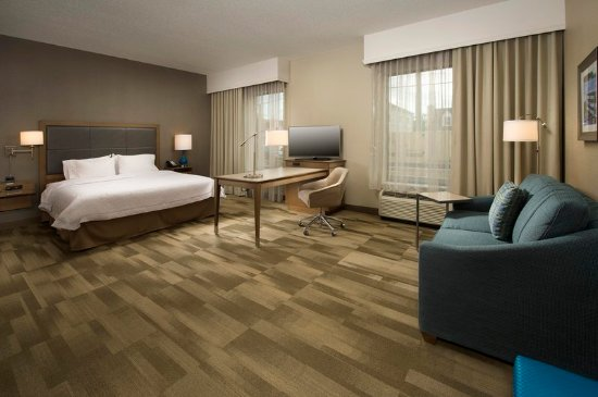 Timonium, MD: King Mobility Guest Room