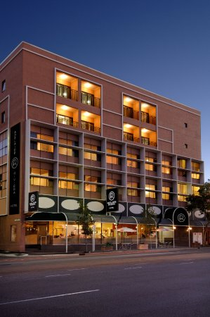 Adelaide riviera hotel updated 2018 motel reviews for 128 adelaide terrace