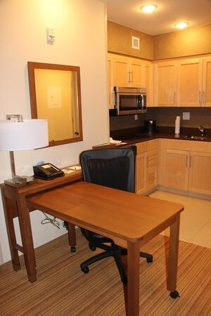 Homewood Suites by Hilton Winnipeg Airport-Polo Park, MB: photo2.jpg