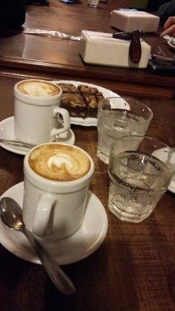 Reconquista, Argentina: Cafecito con algo dulce