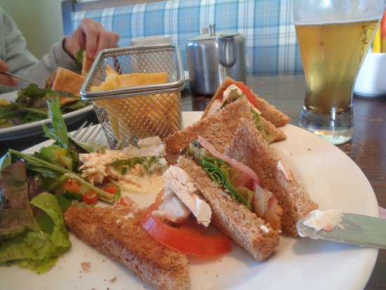 Milltown, Irland: Sandwich club