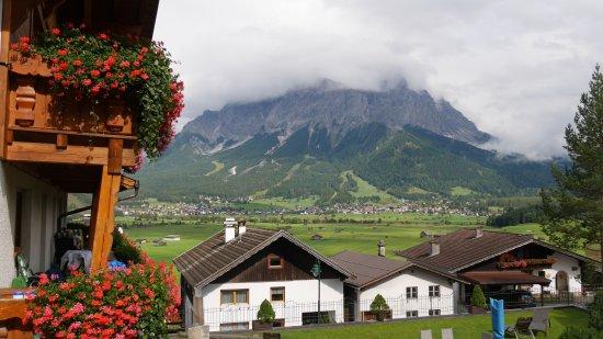 Hotel Alpenrose Lermoos Booking