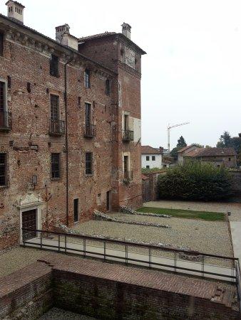 Piedmont, Italy: Castello Est