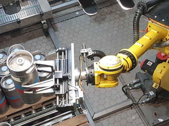 East Flanders Province, Belgium: רובוט למילוי חביות
