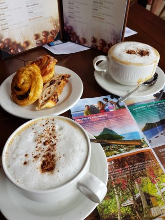 Cap Estate, St. Lucia: All-inclusive Cafe and ice-cream parlour
