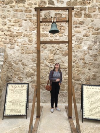 The Fremantle Round House: Ringing the 10 minute warning bell
