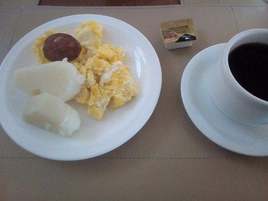 Hotel da Costa: Cafe da manhã!