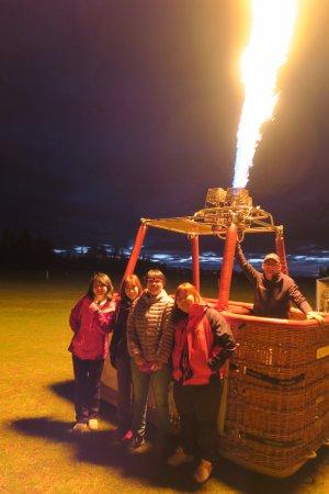Darfield, Yeni Zelanda: Hot air ballooning!