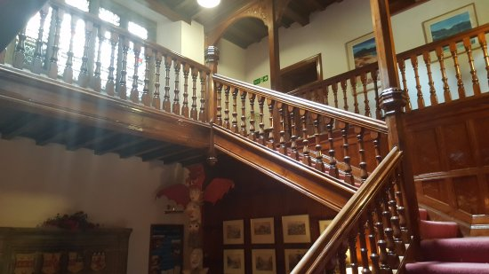 Maentwrog, UK: Lovely staircase