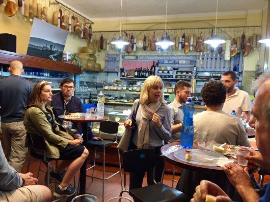 Tuscan Wine School - Siena : Tasting salumi and pecorino cheeses with Sofia