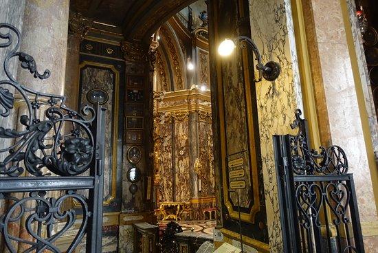 Santuario Basilica La Consolata: photo2.jpg