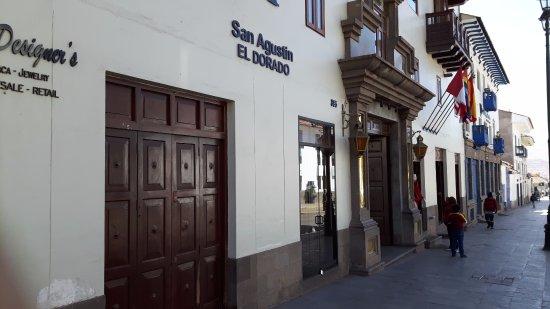 San Agustin International Hotel: ingresso