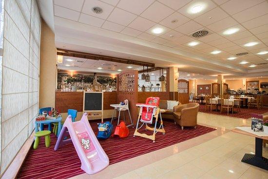 Glogow, Πολωνία: Restauracja Qubus Hotel Głogów