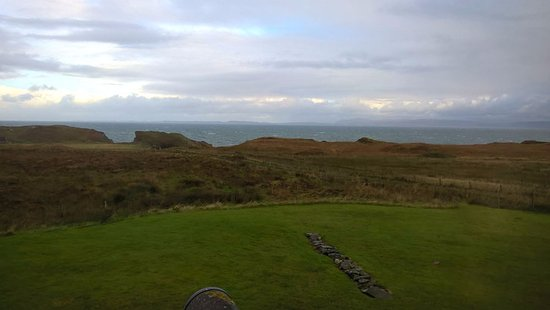 Isle of Colonsay, UK: Looking out from Bedroom 2 towards Mull and Iona
