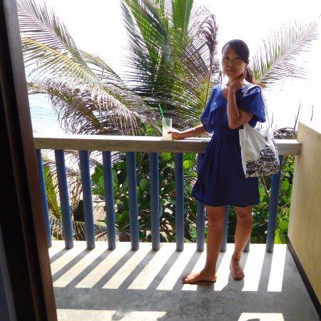 Pitiwella, Sri Lanka: Room with balcony on the beach