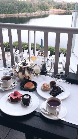 Arome: tea and sweets