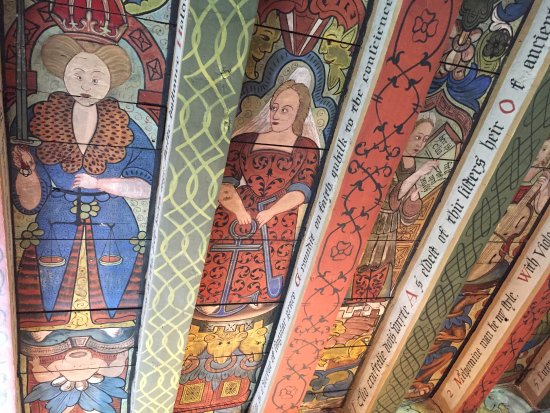 Banchory, UK: Painted wooden ceiling at Crathes Castle