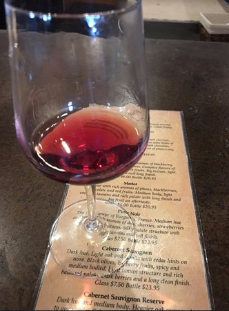 Columbiana, OH: wine on menu