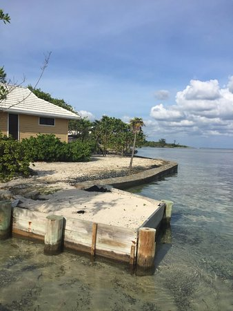 Barefoot Cay Resort & Spa: Rooms are literally next to the water
