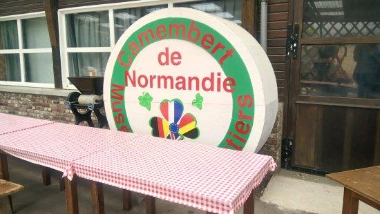 Vimoutiers, Francia: Tasting room