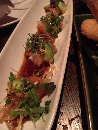 Tao: Salmon Sashimi Special