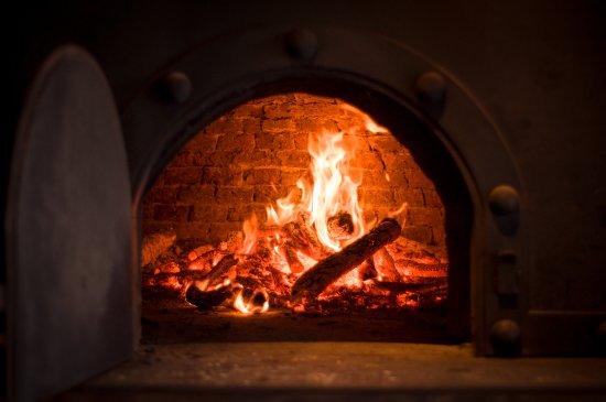 Garzon, Uruguay: Horno a punto en el Restaurante Bodega Garzón