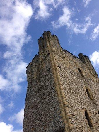 Helmsley Castle Tower