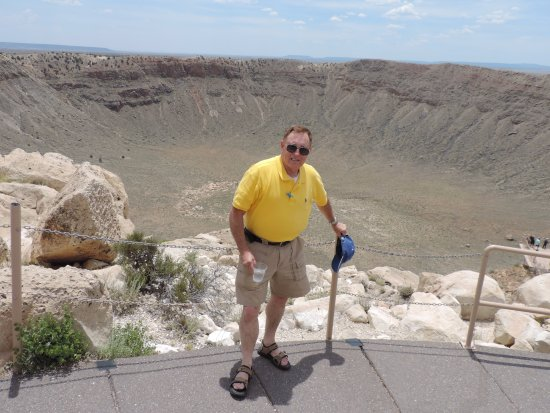 Winslow, AZ: On the edge of the crater.......