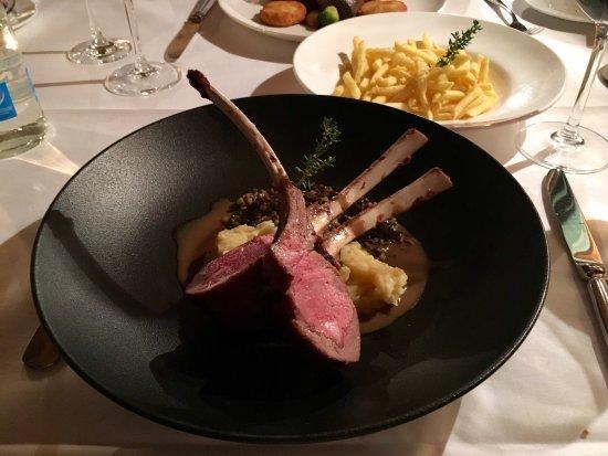 Merlischachen, Suiza: Fine dining
