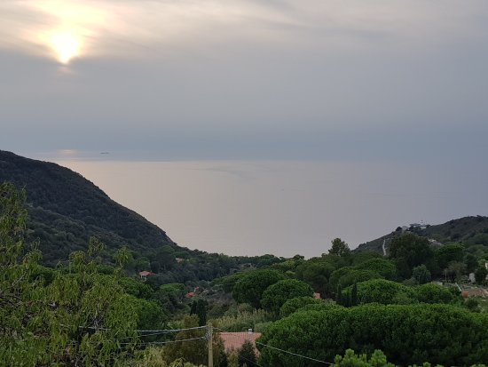 Patresi, Italia: 20170930_181746_large.jpg