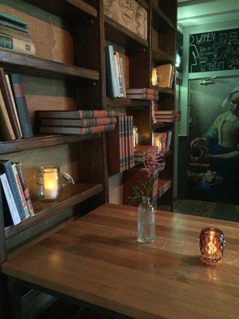 Ommen, Países Baixos: Custom-made boekenkast