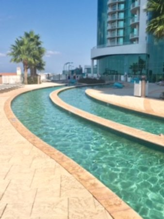 Turquoise Place: Lazy river pool is on the 4th floor street side. Great way to cool off after the beach