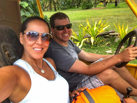Muri, Cook Islands: My husband and I had such a great time on the Buggy Tour!