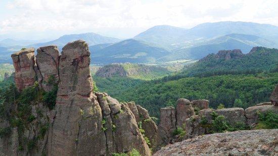 Belogradchik, Bulgarie : И скалы и горы зеленые 2