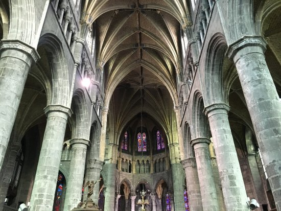 Church of Our Lady (Collegiale Notre-Dame) : photo4.jpg