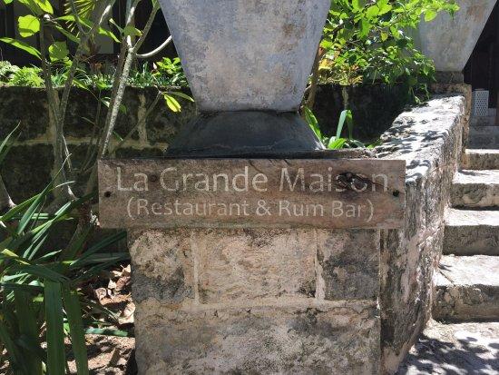 La Plaine St. Andre : Front entrance