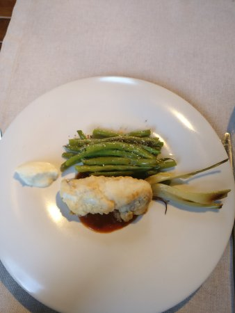 Giaxa: Monkfish with green beans