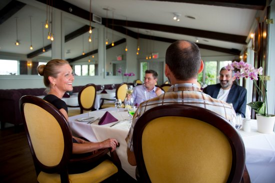 Keene, Canada: The Hearthside Dining Room