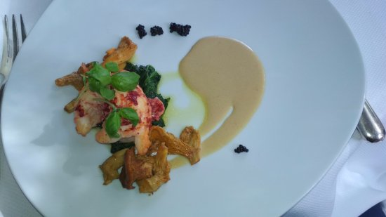 Le Saule Pleureur : Queue de homard rôtie au beurre